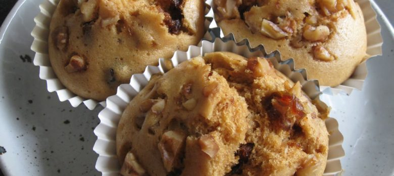 Muscovado Dates & Walnuts Steamed Cupcakes