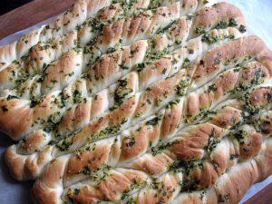 Twisted Garlic Bread | Hiroko's Recipes
